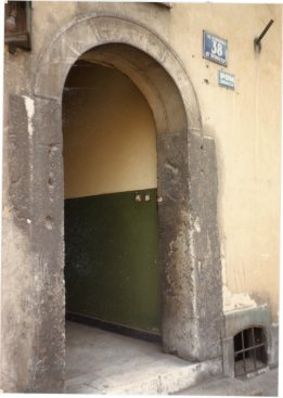 Trace of a mezuzah in a doorway, Kazimierz 1986