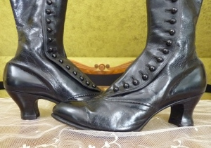 Victorian high button shoes. Source: http://antique-gown.com/