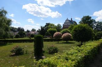 Central Square, Sobota