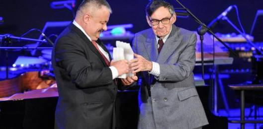 Jacek Koszczan receiving his award from the Polin Museum for his work on Jewish heritage in Dukla, October 21, 2016. Photo by Janusz Czamarski