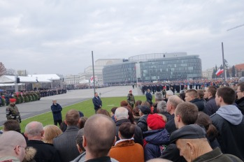 Official ceremony at Pilsudski Square.