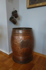 Barrel and dippers for ablution, Leszno Museum.
